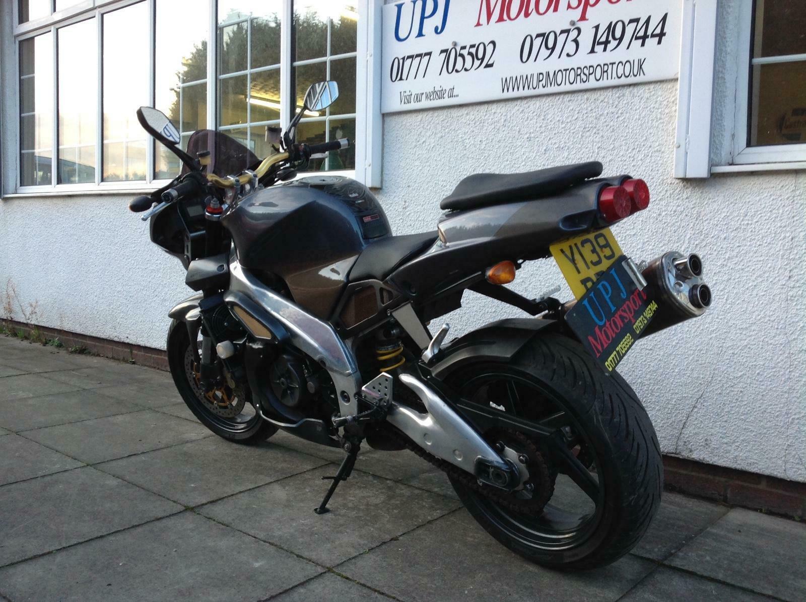Aprilia Tuono 1000 cc 2001 Y reg, naked, muscle bike - UPJ